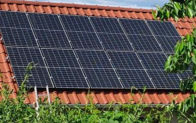 Elakadt az ingyen napelem: Mégsem igényelhető támogatás augusztusban?